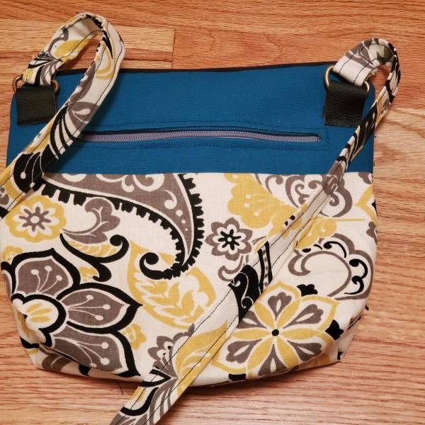 BeBold Paisley Print Crossbody Bag/Purse, blue, yellow black, zipper top, front pocket, inner pocket